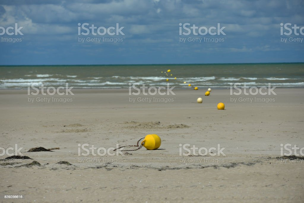 Bouée sur la plage de Berck stock photo