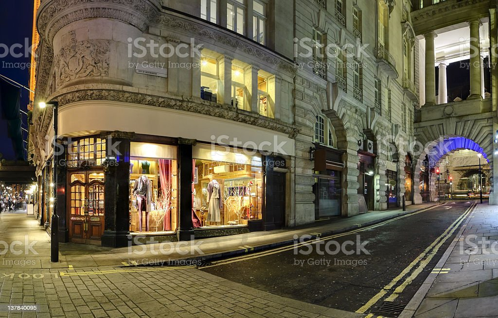 Boutique on corner in London's Piccadilly district royalty-free stock photo