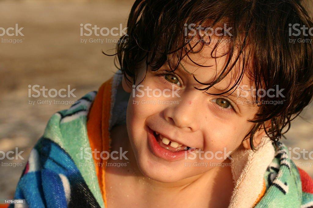 Junge lächelt Lizenzfreies stock-foto