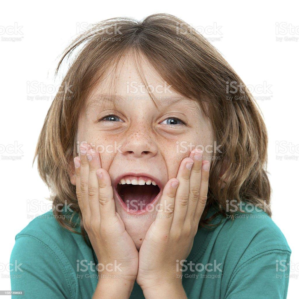 Surprenant de garçon avec visage expressif. photo libre de droits