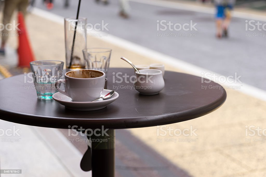 Break the image of the cafe (coffee, water and table) photo libre de droits