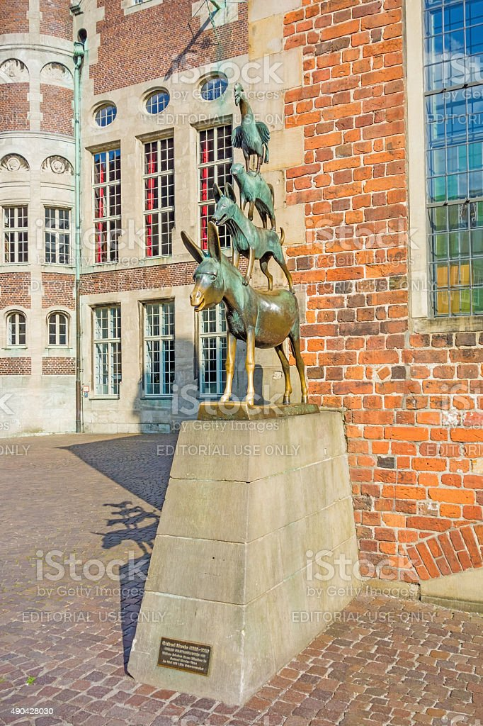 Bremer Stadtmusikanten sculpture stock photo