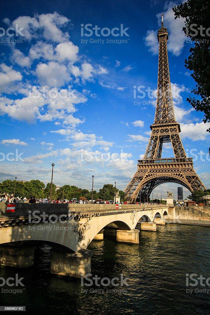 bridge across to the Eifel tower stock photo