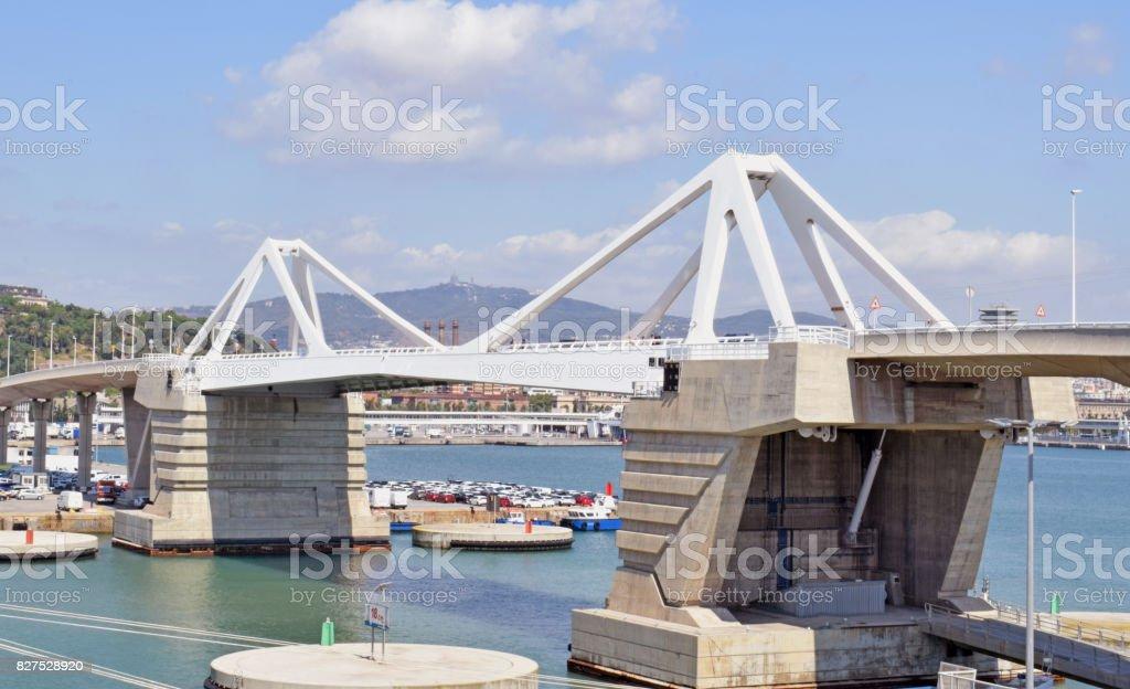 Bridge elevadizo in port of Barcelona stock photo