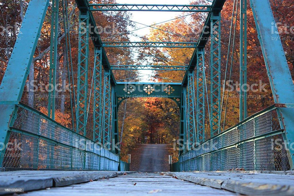 Puente de otoño foto de stock libre de derechos