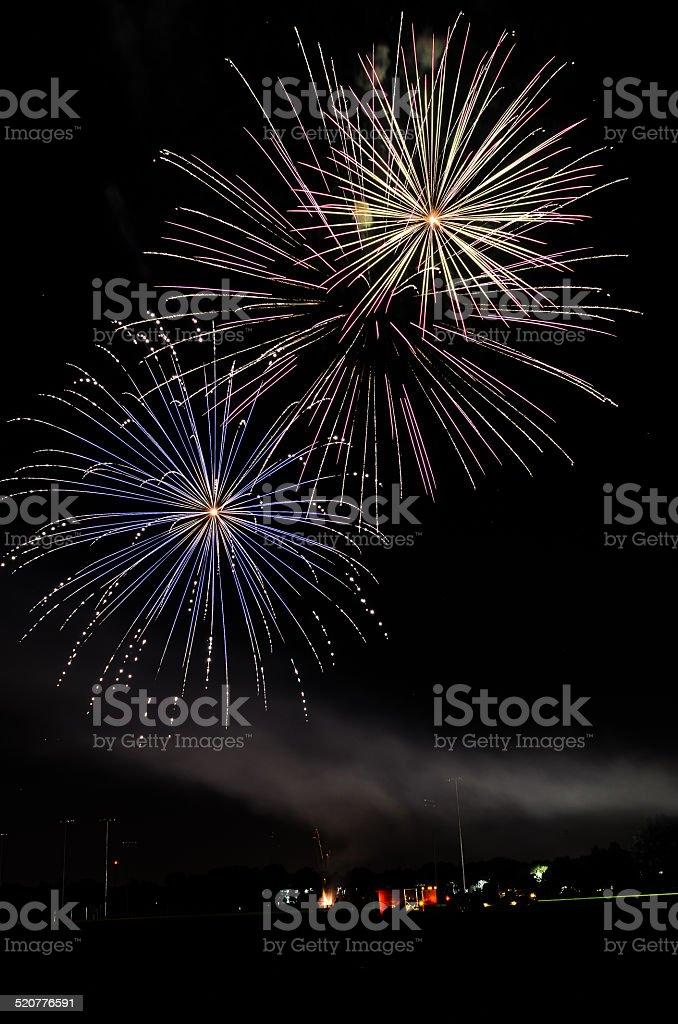 Colorida, fogos de artifício brilhantes foto royalty-free