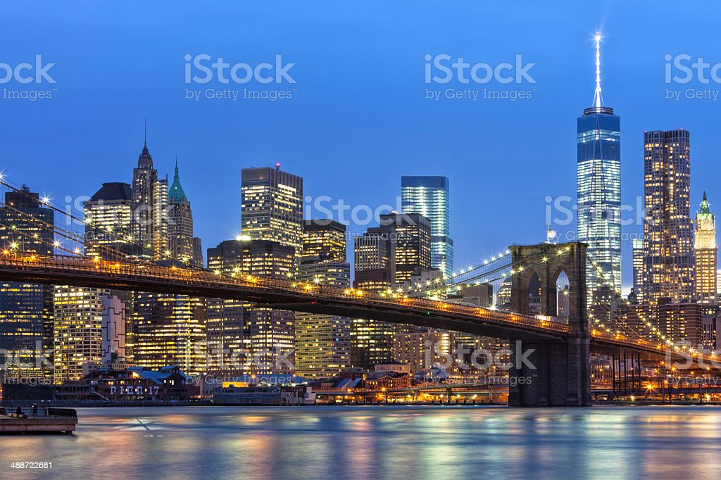 Brooklyn Bridge And Manhattan Skyline at Dusk stock photo