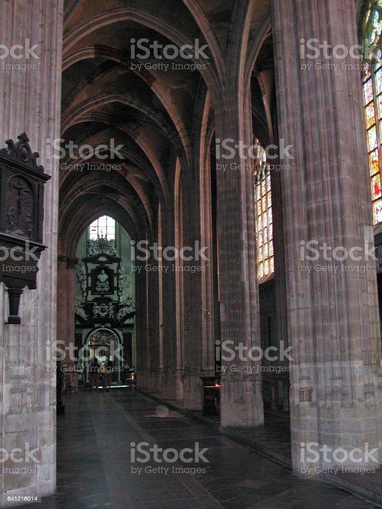 Bruxelles - Navata laterale di Notre-Dame du Sablon stock photo