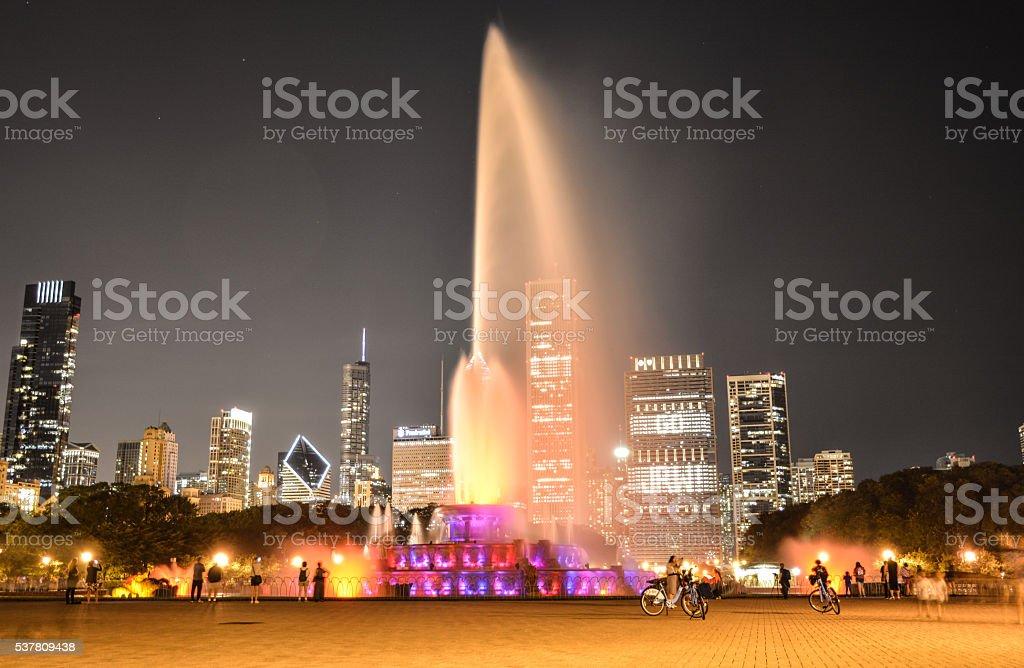 Buckingham Fountain and Chicago Skyline stock photo