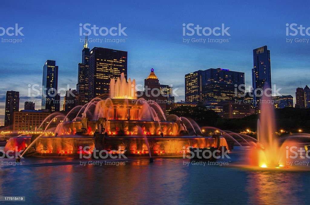 Buckingham Fountain at Dusk stock photo