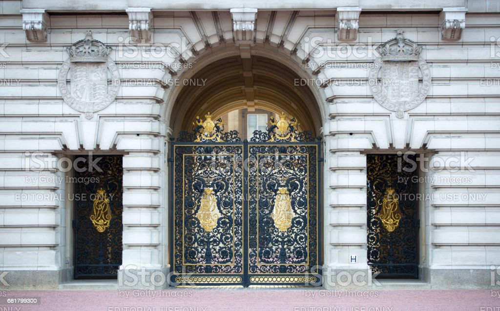 Buckingham Palace the official residence of Queen Elizabeth II. Main entrance stock photo