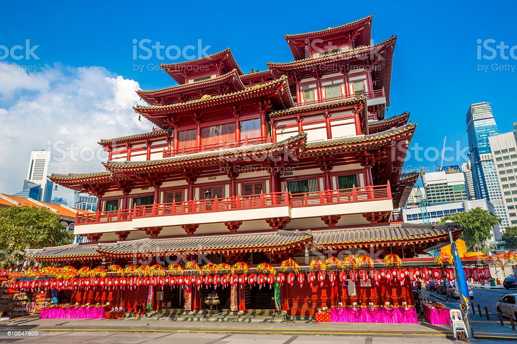 Buddha Toothe Relic Temple in Chinatown in Singapore stock photo