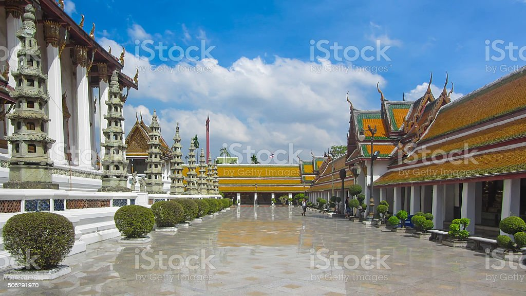 Templo Budista em Banguecoque foto de stock royalty-free