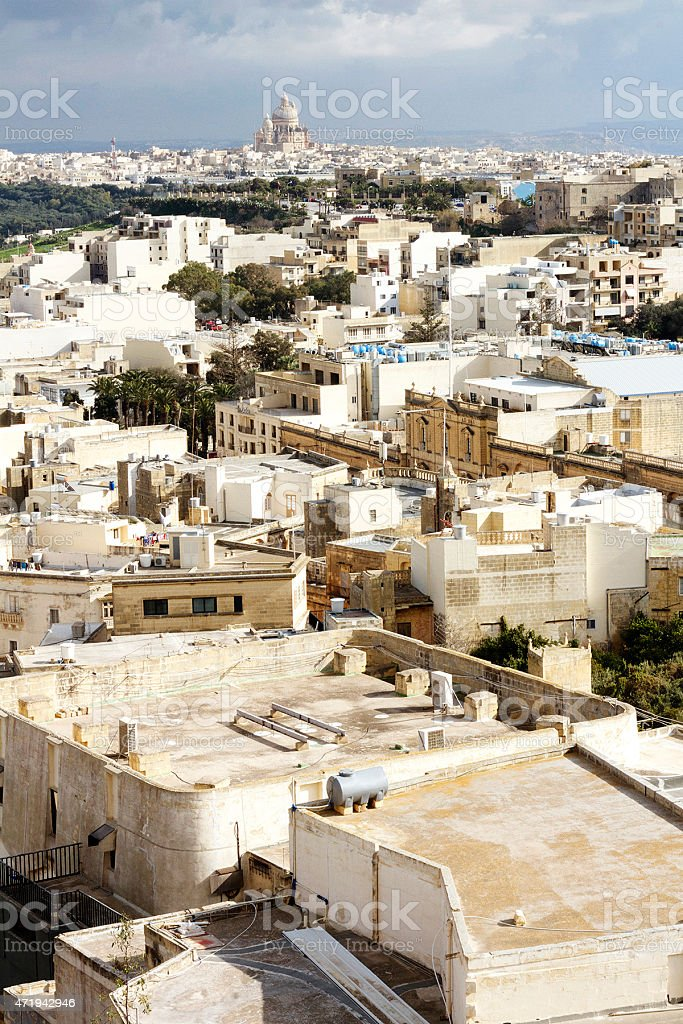 Edifici e Basilica di San Giorgio, Gozo foto stock royalty-free
