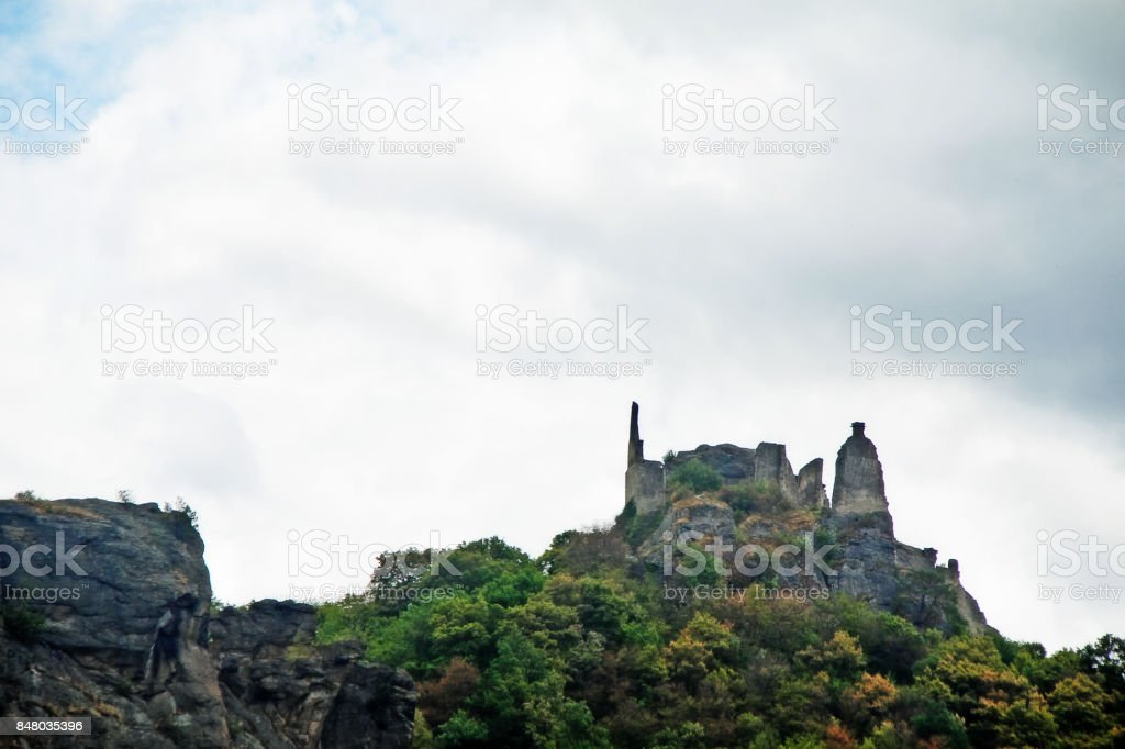 Burgruine Durnstein, a ruined medieval castle located in Dürnstein, a small town on the Danube river in the Krems-Land district, in the Austrian state of Lower Austria, Wachau Valley, Austria (Osterreich) stock photo