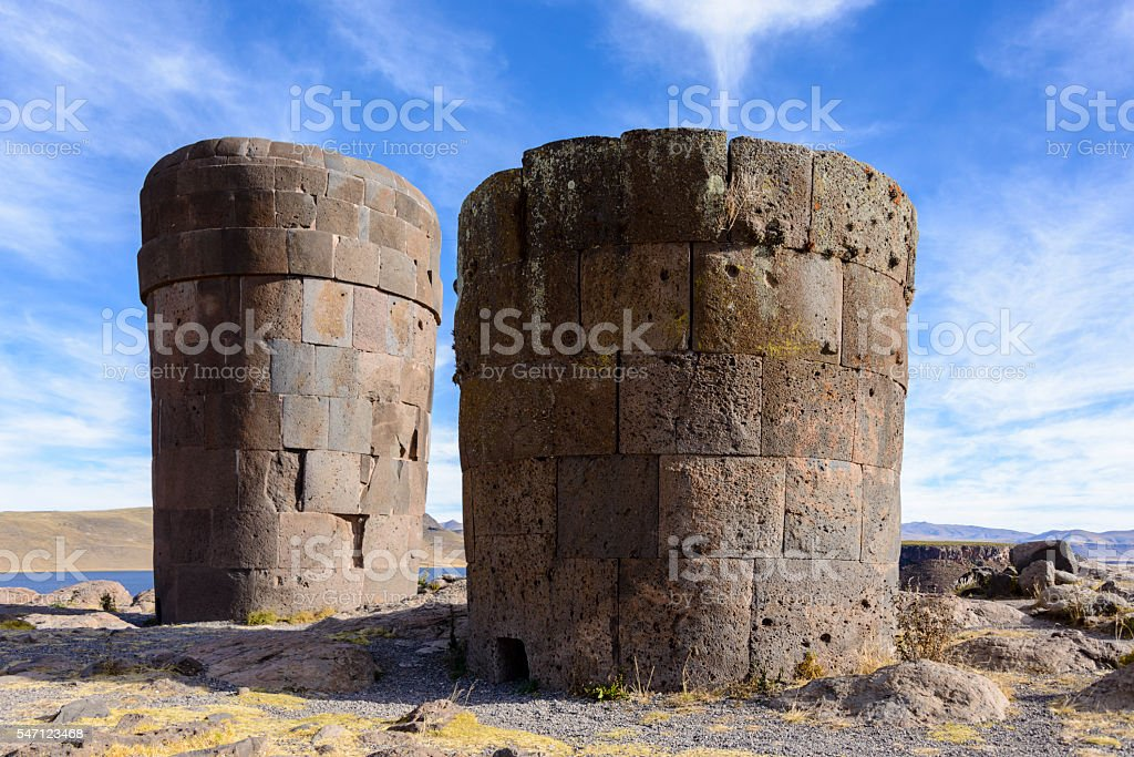 Burial towers at the archaelogical site of Sillustani, Peru stock photo