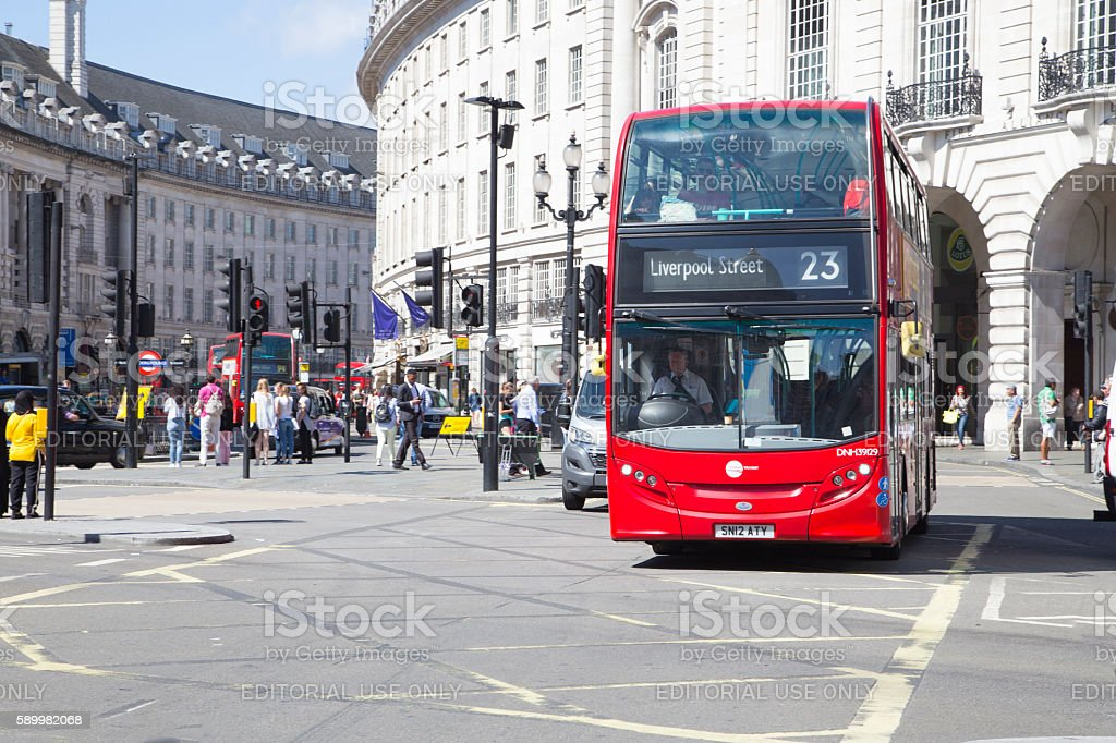 Bus to liverpool street driving though picadilly circus stock photo