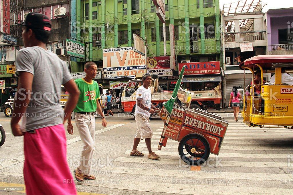 STRADA TRAFFICATA della città di Olongapo foto stock royalty-free