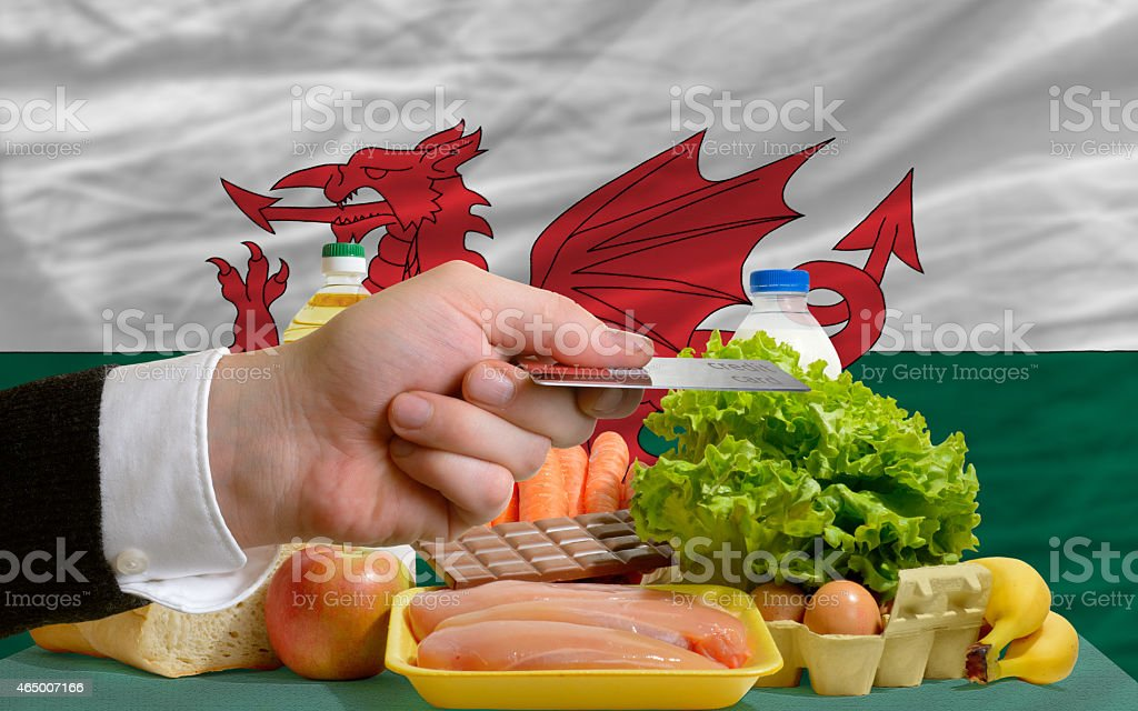 buying groceries with credit card in wales stock photo
