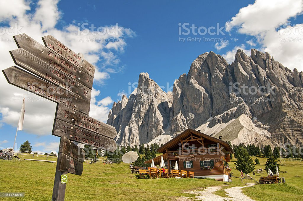 baita in sudtirol,dolomiti,Italia stock photo