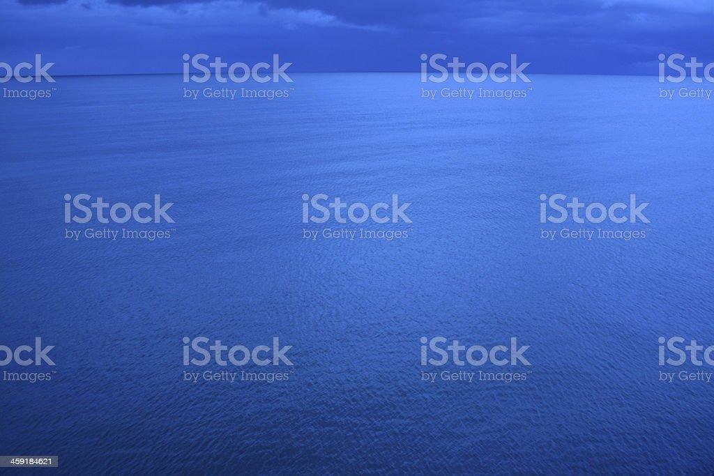 La calma di fronte al temporale foto stock royalty-free
