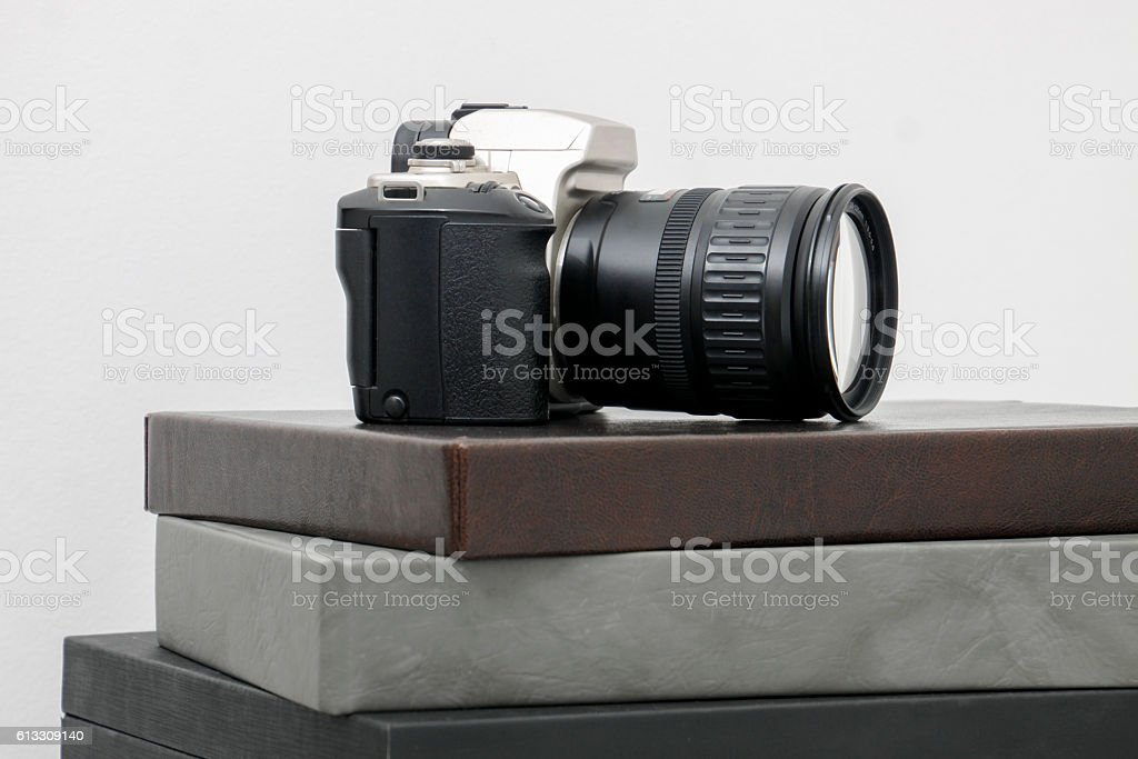 Camera photographic upon photographic albums stock photo