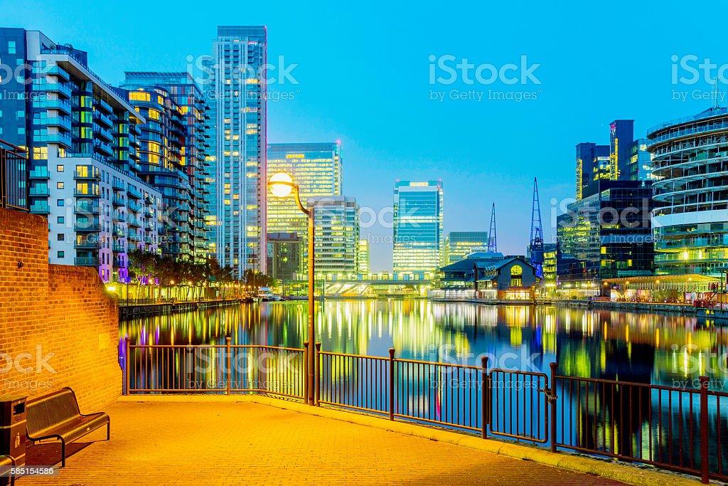 Canary wharf at night stock photo