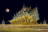 candle lit.of Wat Pa Saeng Arun Thailand