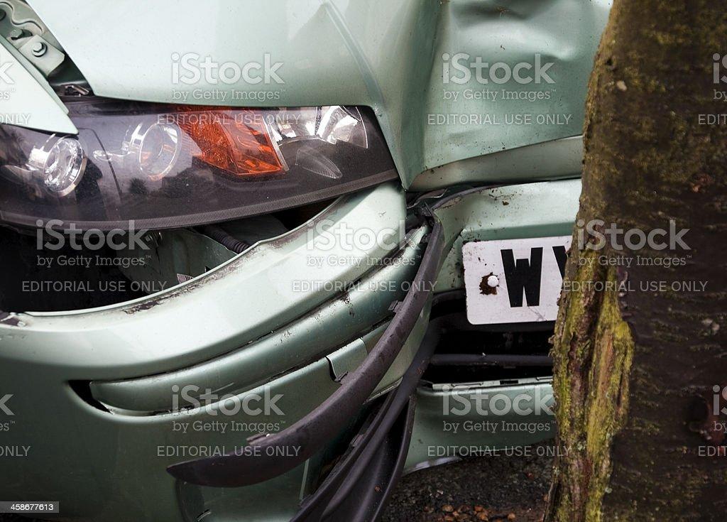 Car nil, tree one - minor vehicle accident royalty-free stock photo