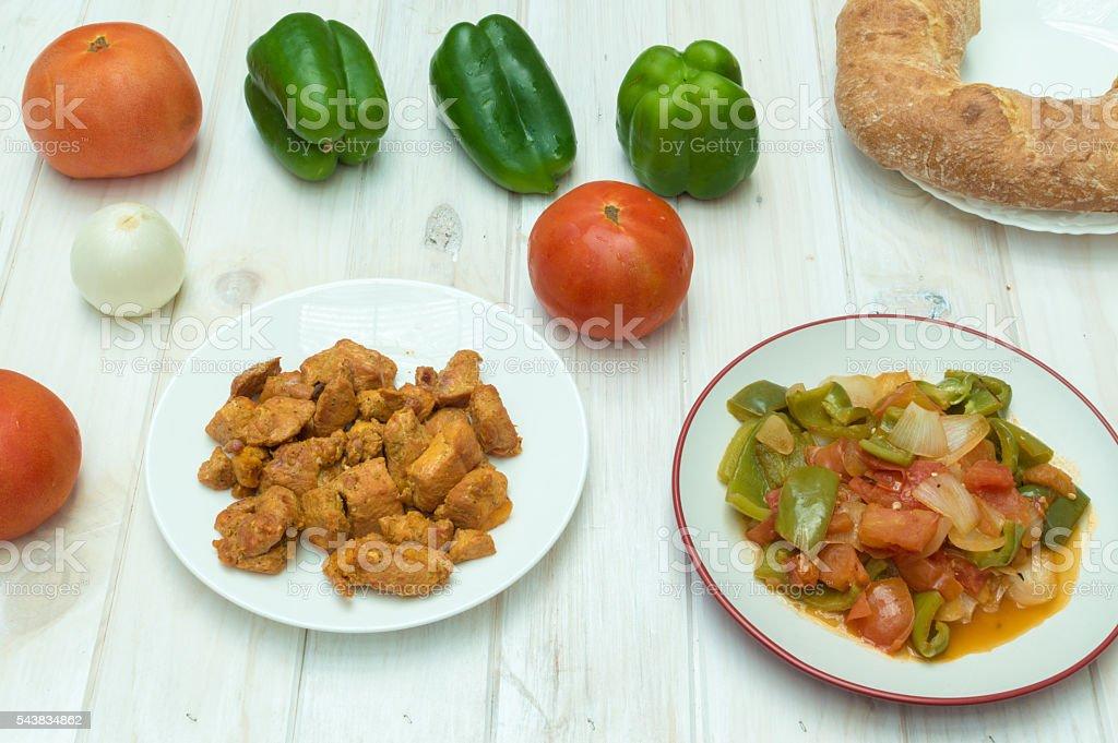 carne asada, verduras asadas photo libre de droits