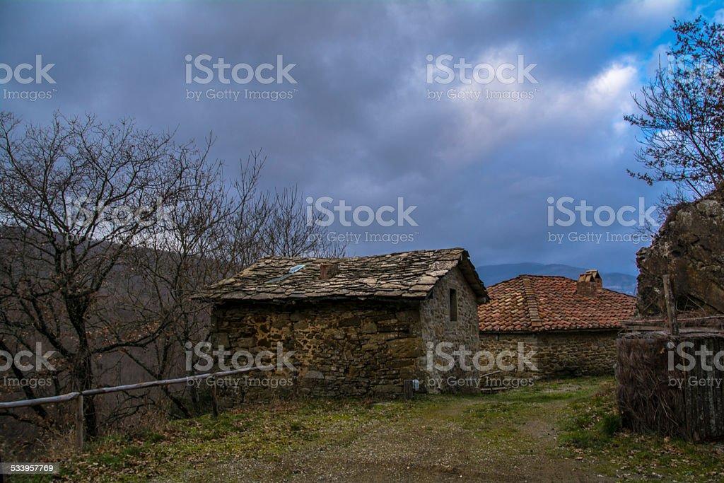 casa abbandonata stock photo
