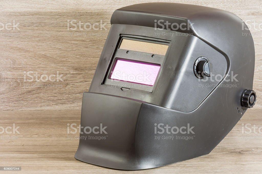 casco de soldadura automatico stock photo