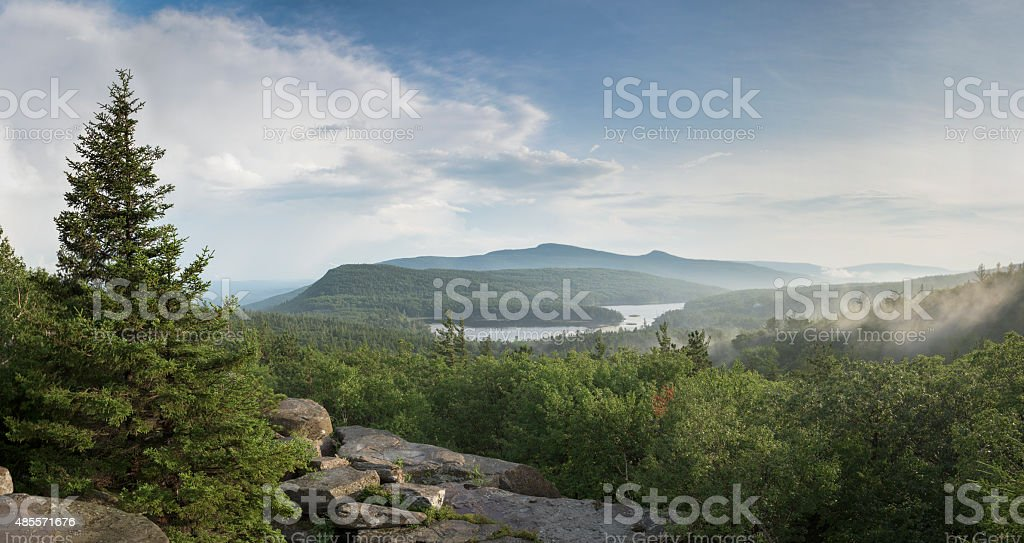 Catskill Mountains, North/South Lakes, Katterskill High Peak and Roundtop Mtn stock photo