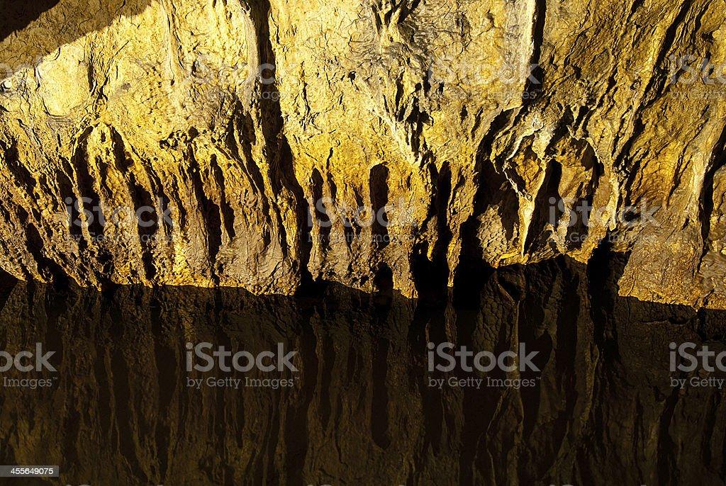 Cueva foto de stock libre de derechos