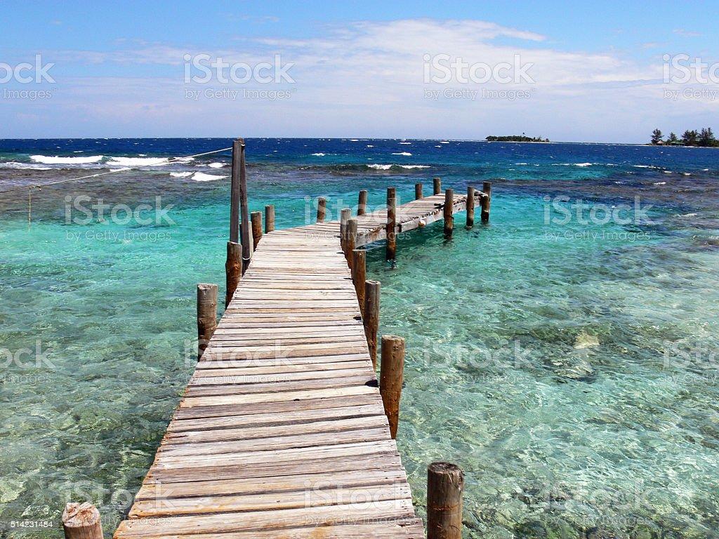 Cayos Cochinos Transparent Caribbean waters stock photo