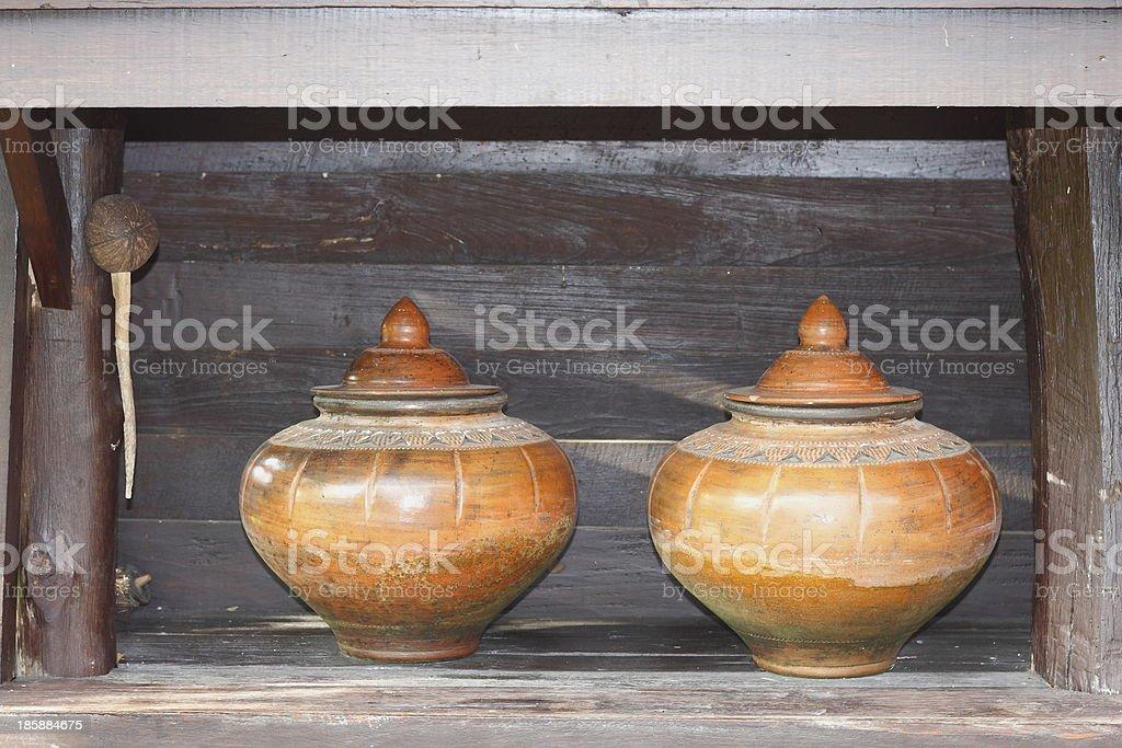 Ceramiczne wody dzbanki w Tajlandii. zbiór zdjęć royalty-free