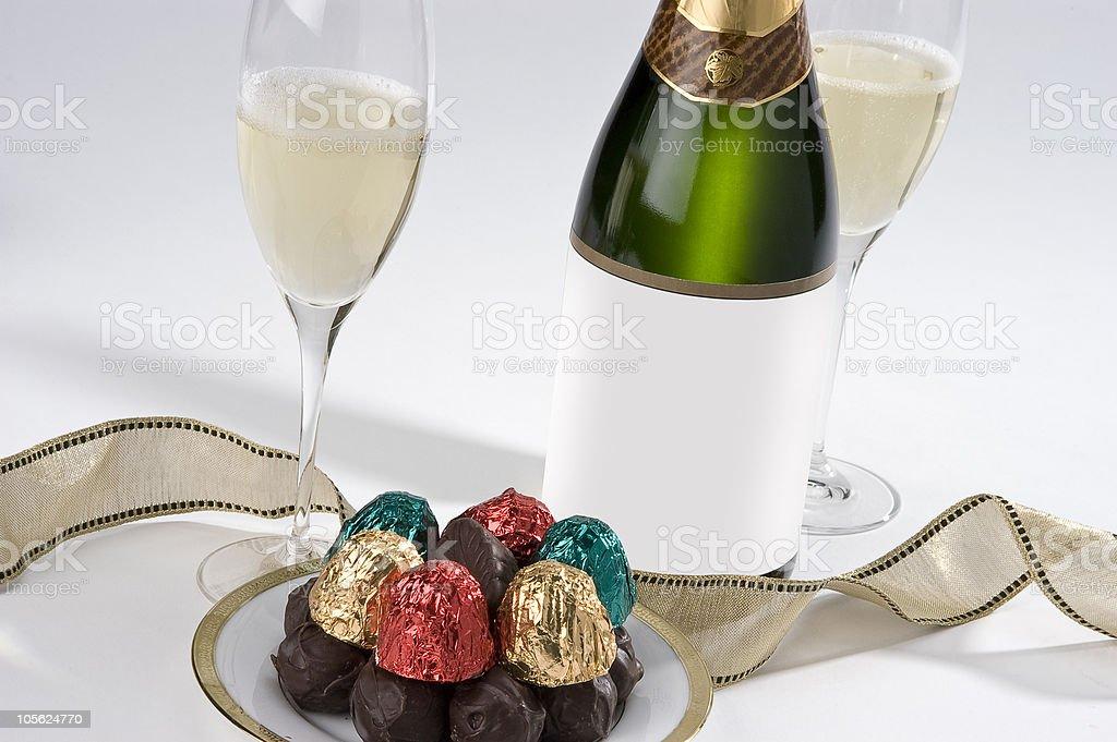 Champán y de chocolate foto de stock libre de derechos