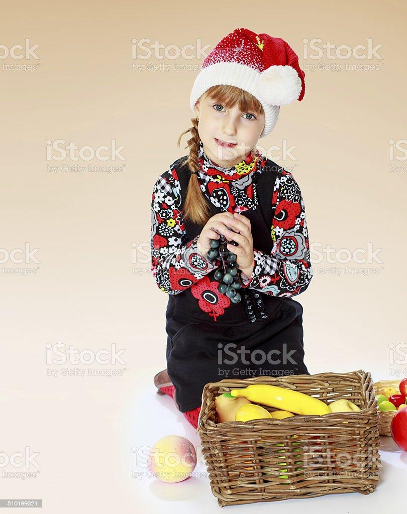 Jolie fille dans une nouvelle année s cap photo libre de droits