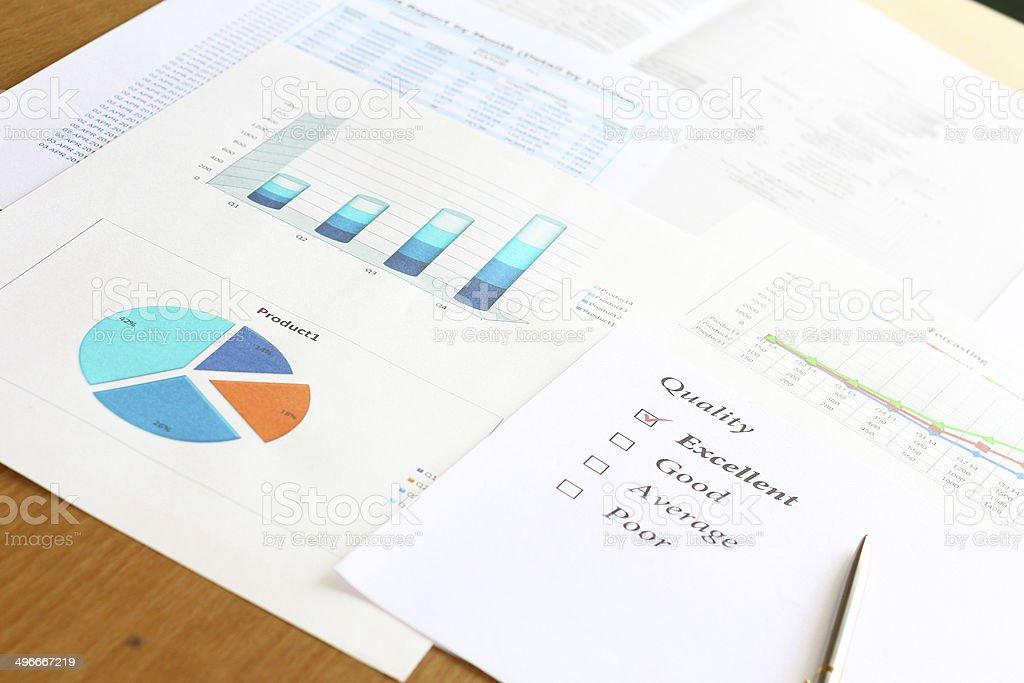 Проверенный отличное качество от forcastinng график и диаграммы результаты отчета Стоковые фото Стоковая фотография