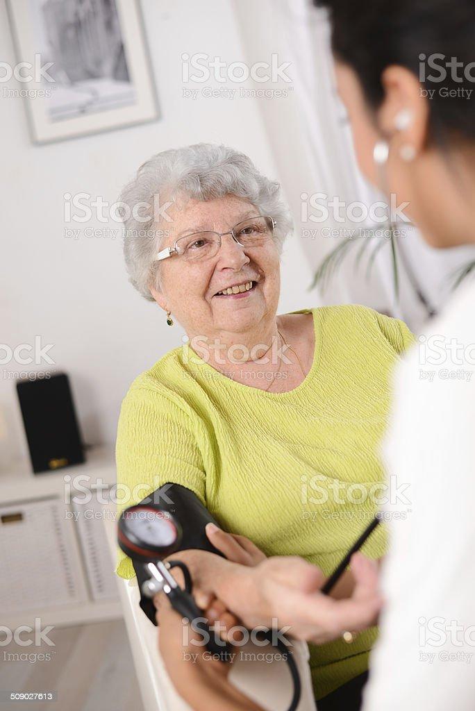 Поздравления доктора с выходом на пенсию