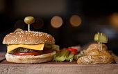 Cheeseburger and Chips