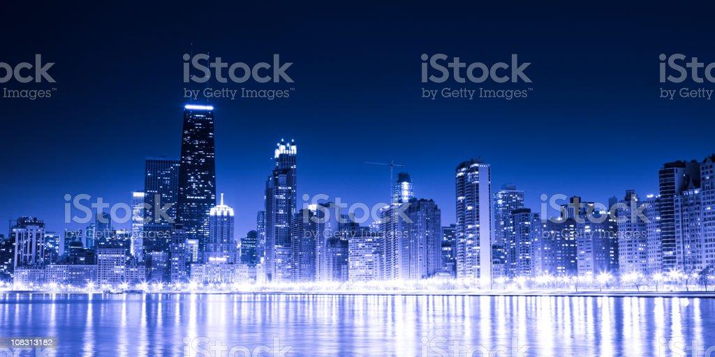 Chicago skyline by night royalty-free stock photo