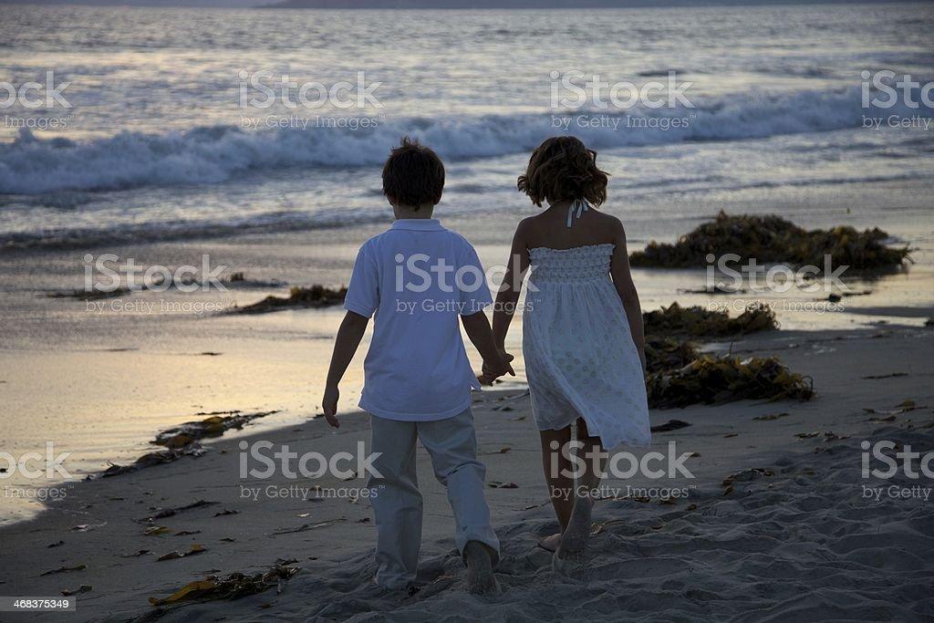 Bambini sulla spiaggia foto stock royalty-free