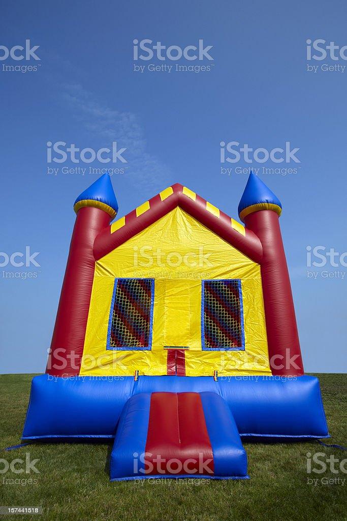 castillo inflable para saltar colchonetas inflables patio de juegos para nios foto de stock libre de