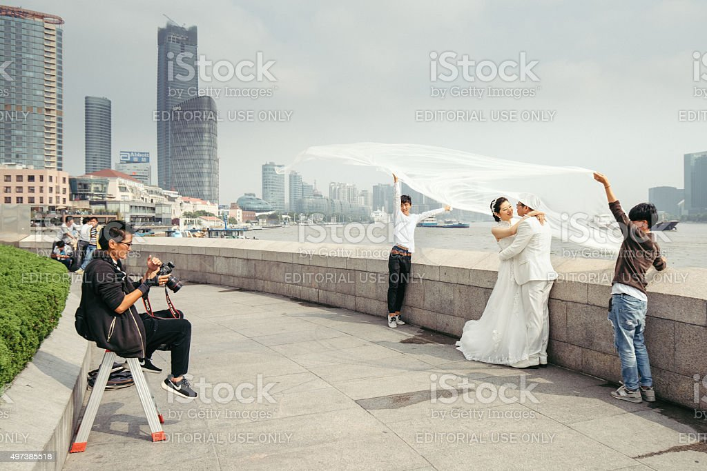 Chinese couple modeling for wedding picture, Shanghai stock photo
