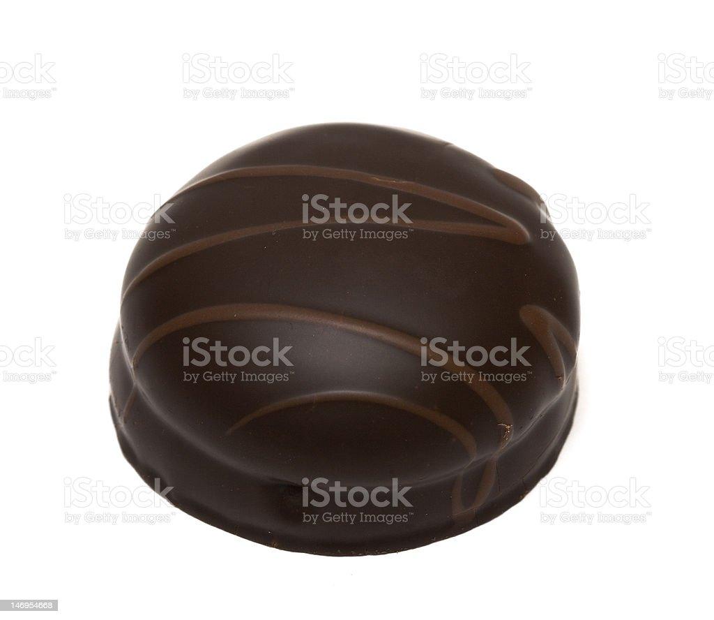 Bolo de chocolate no fundo branco foto de stock royalty-free