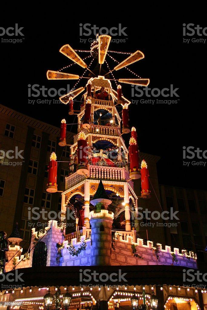 Christmas market - Märchen-Weihnachts-Pyramide auf dem Weihnachtsmarkt in Kassel stock photo