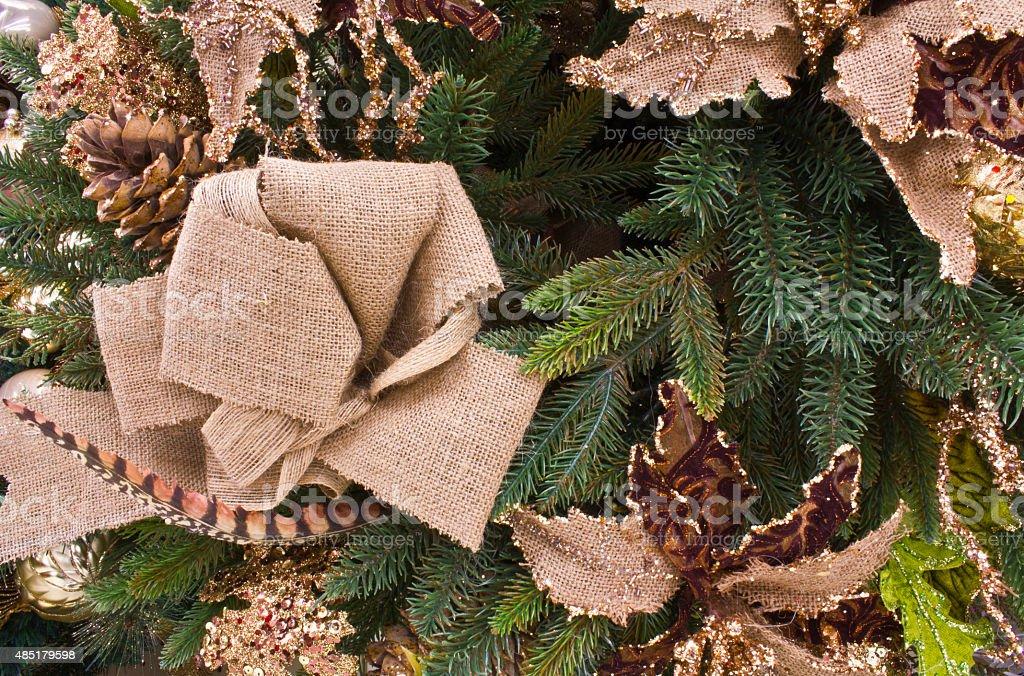 Pin de Noël et couronne de toile de jute photo libre de droits