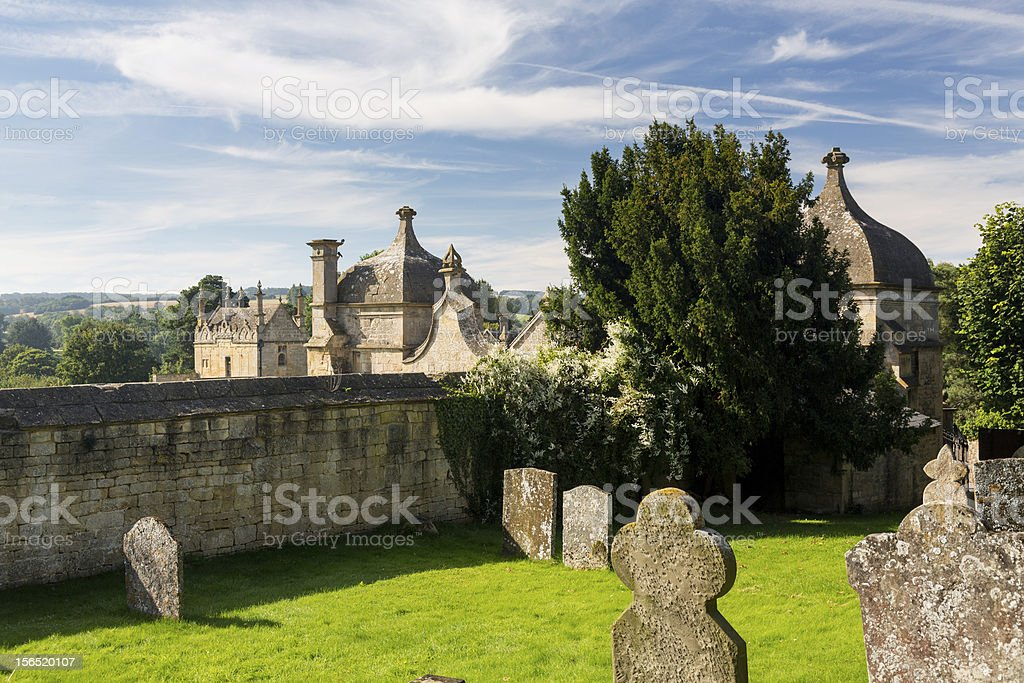 Church and gateway in Chipping Campden royalty-free stock photo