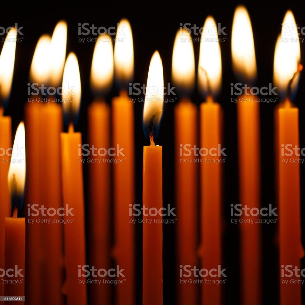Bougies de l'église photo libre de droits